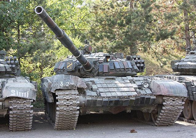 Porzucone przez gruzińską armię czołgi