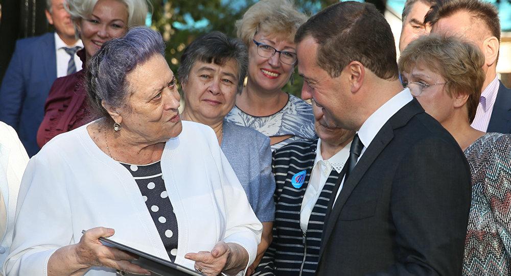 Dmitrij Miedwiediew o rosyjscy emeryci