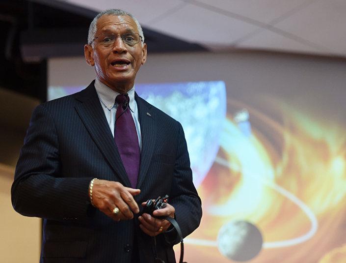 Amerykański astronauta i dyrektor NASA Charles Bolden