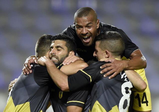 """Zawodnicy izraelskiego klubu piłkarskiego """"Beitar"""""""
