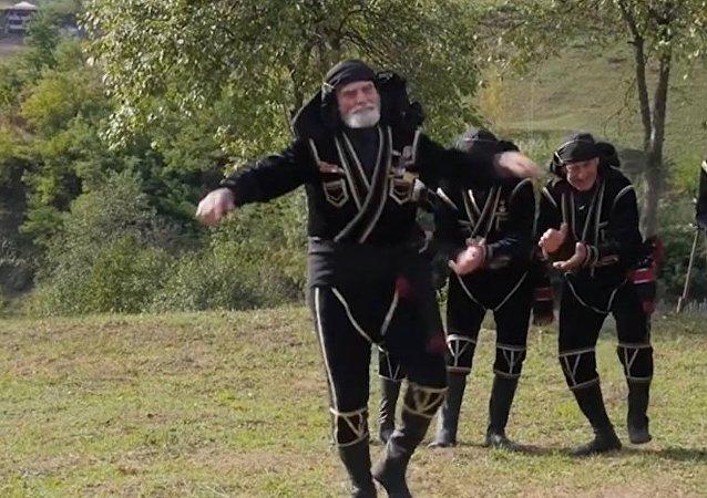 Długowieczni tancerze