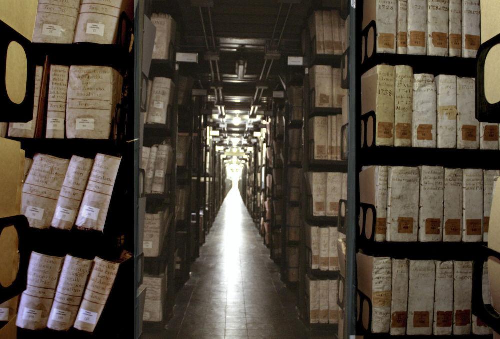 Tajne archiwa Watykanu