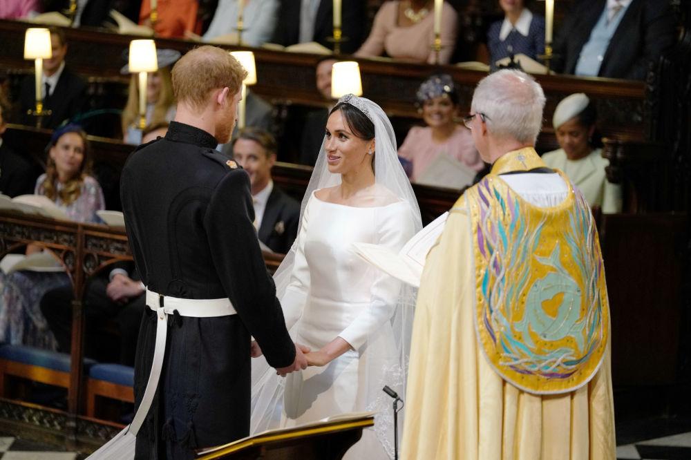 Książę Harry i Meghan Markle podczas ceremonii ślubnej