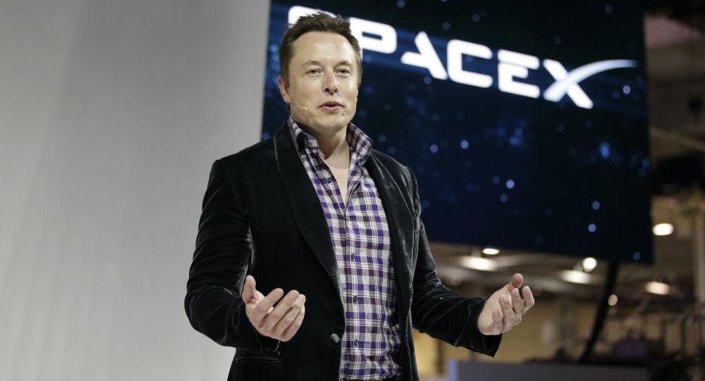 Dyrektor generalny firmy SpaceX Elon Musk