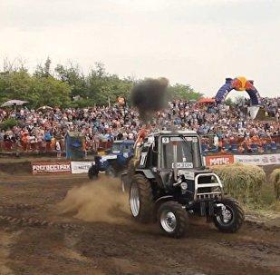 Wyścigi traktorów
