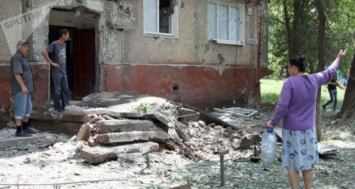 Konsekwencje ostrzału miejscowości w Donbasie przez ukraińskie siły bezpieczeństwa