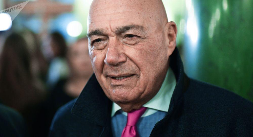 Prezenter telewizyjny Władimir Pozner