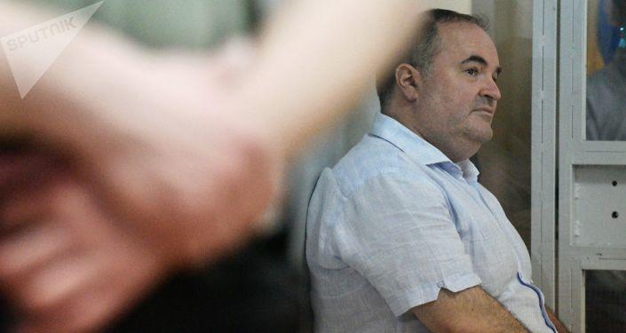 Dyrektor ukraińskiego przedsiębiorstwa produkującego broń, Boris Herman, oskarżony o zorganizowanie zamachu na dziennikarza Arkadija Babczenkę w Kijowie na posiedzeniu sądowym w celu rozpatrzenia wniosku o wybór środka zapobiegawczego przeciwko niemu
