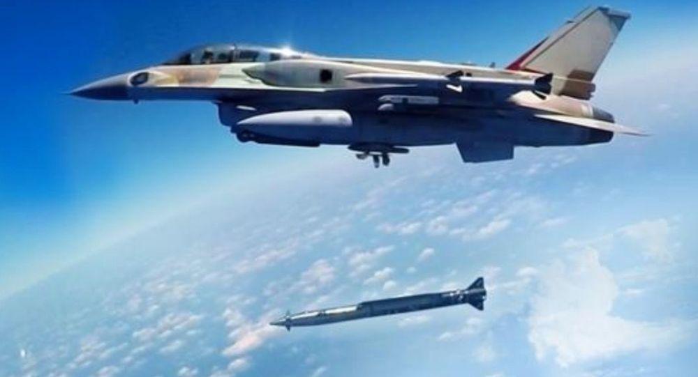 Izraelski myśliwiec z naddźwiękową rakietą klasy powietrze-ziemia Rampage