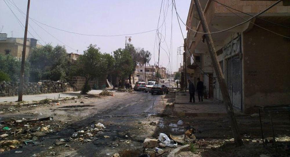 Zniszczenia na ulicach syryjskiego miasta Dara. Zdjęcie archiwalne