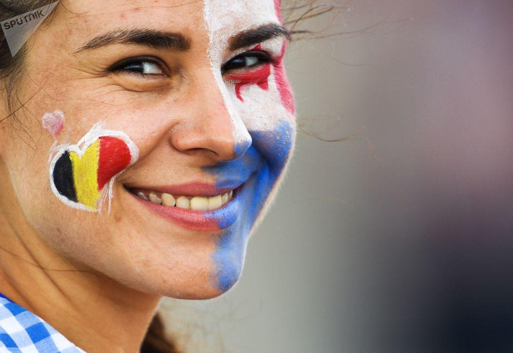 Dziewczyna na meczu Belgia - Panama w Soczi