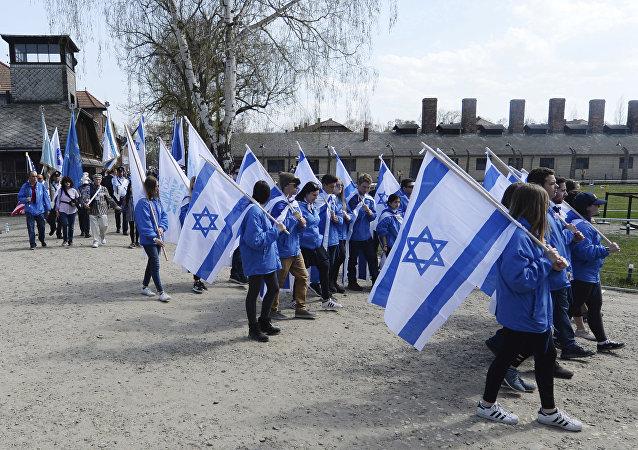 Marsz żywych w Oświęcimiu