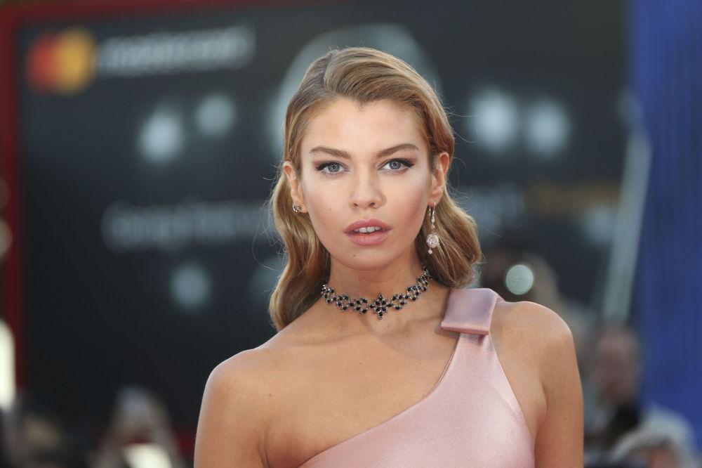 Modelka Stella Maxwell