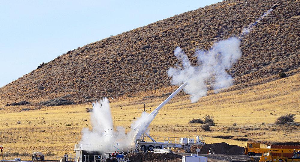 Testy bomby B61-12