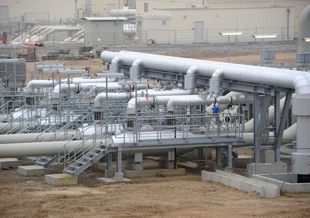 Odcinek magistrali gazociągu Nord Stream w niemieckim mieście Lubmin przed rozpoczęciem ceremonii otwarcia