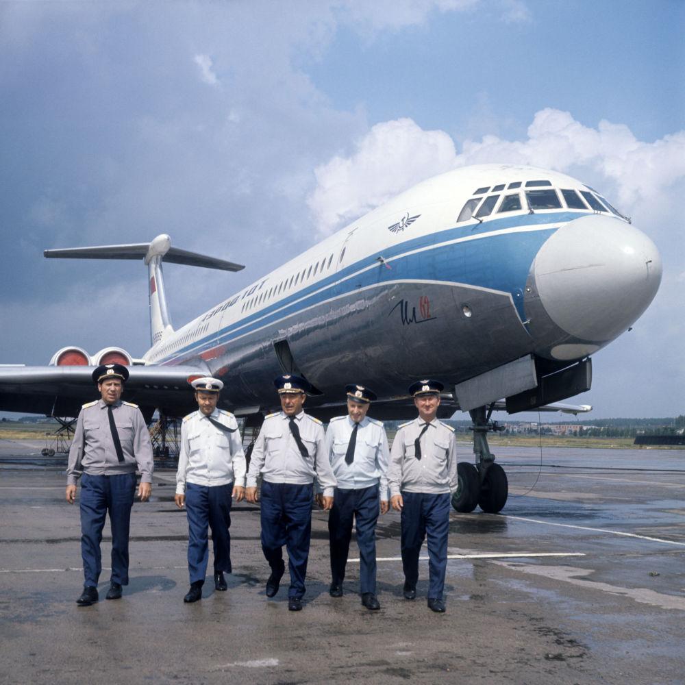 Załoga samolotu Ił-62. Port lotniczy Domodiedowo