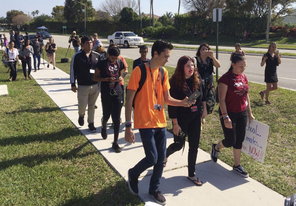 Amerykański działacz studencki David Hogg, który przeżył strzelaninę w szkole, w której zginęło trzynastu uczniów