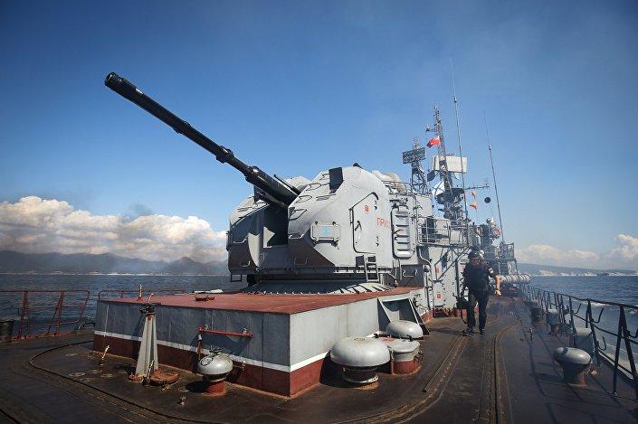 Uniwersalne działo artyleryjskie AK-176MA