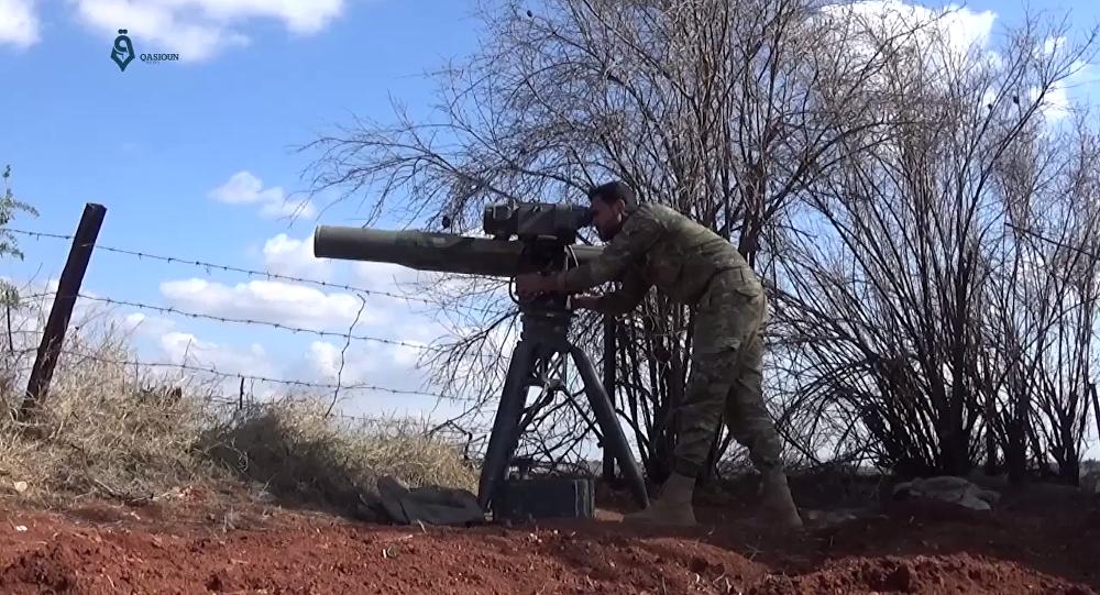 Syryjscy żołnierze znaleźli w wyzwolonych miejscowościach w południowej prowincji Dara zestawy przeciwczołgowe TOW amerykańskiej produkcji