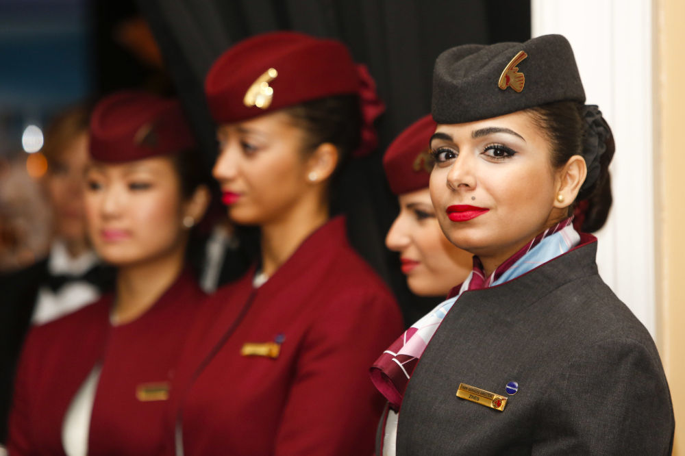 Stewardessy Qatar Airways