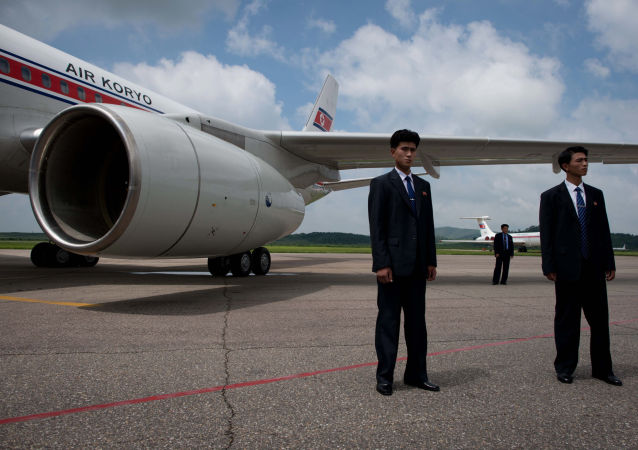 Samolot Air Koryo na lotnisku w Pjongjangu