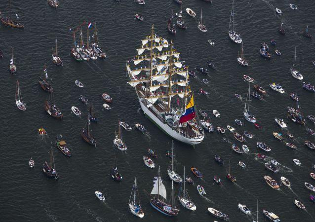Parada statków SAIL Amsterdam w Holandii