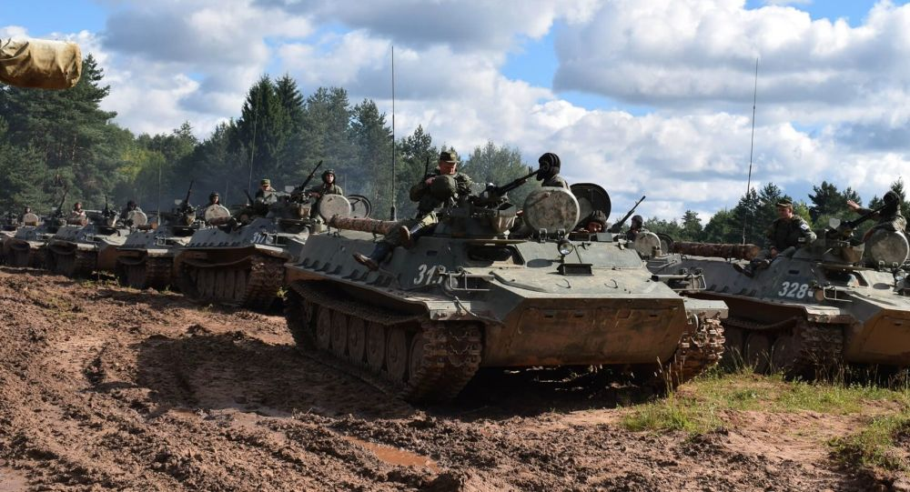 Rosyjsko-serbskie ćwiczenia taktyczne na Łużskim poligonie w obwodzie leningradzkim