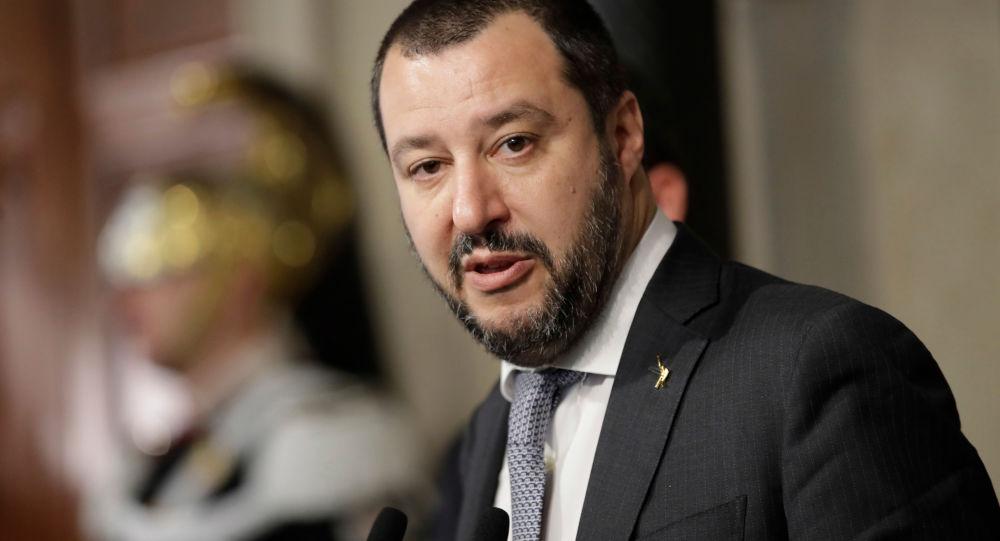 "Lider włoskiej partii ""Liga Północna"" Matteo Salvini"