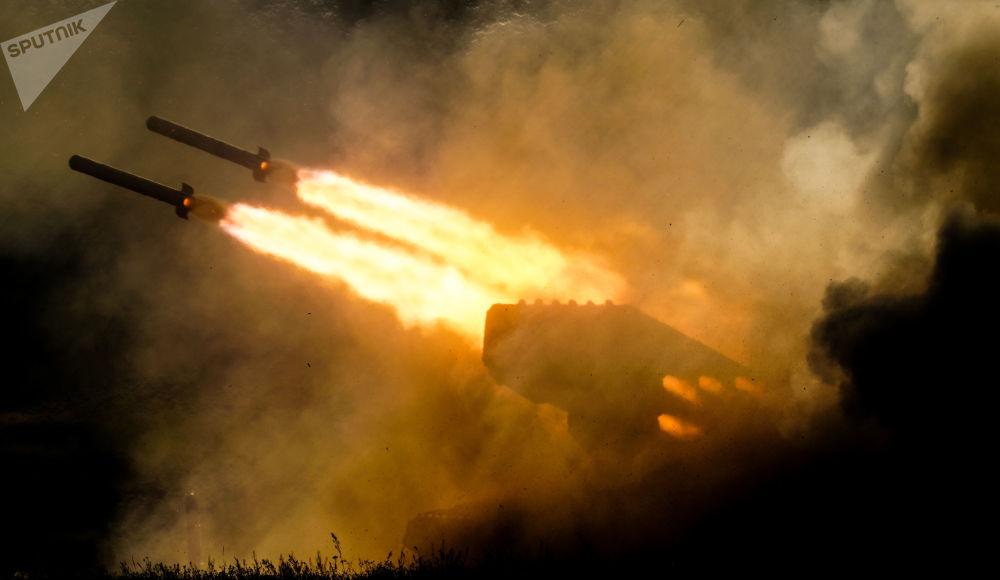 Ciężki miotacz ognia ТОS-1a na IV Międzynarodowym Forum Wojskowym Armia-2018
