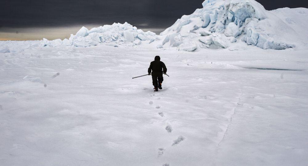 Członek wyprawy arktycznej Kara-zima 2015