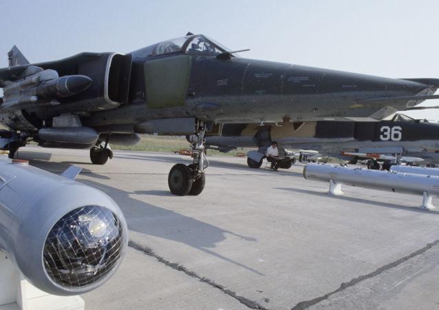 Myśliwiec bombardujący MiG-27