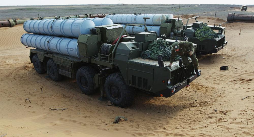 Przygotowania do zmiany dyslokacji przeciwlotniczego systemu rakietowego S-300