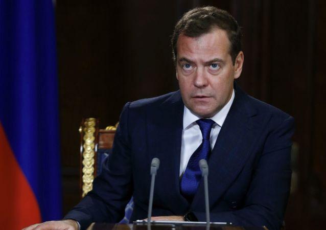Przewodniczący rządu Rosji Dmitrij Miedwiediew