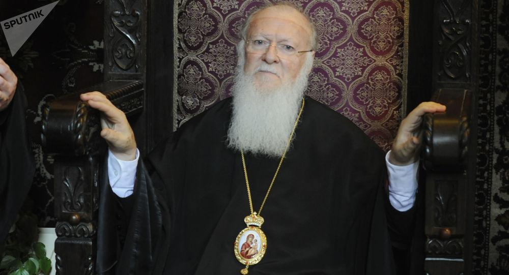 Patriarcha Konstantynopola Bartłomiej podczas Liturgii Boskiej
