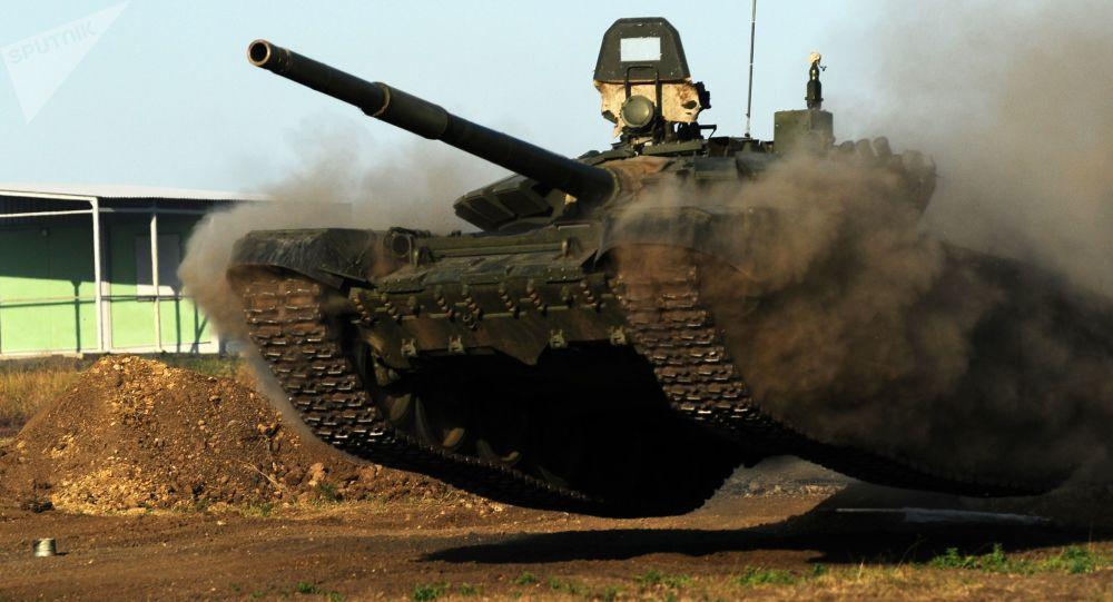 Rosyjski czołg T-72B3. Zdjęcie archiwalne