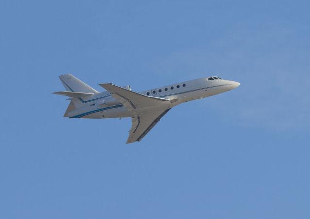 Samolot Dassault Falcon 50. Zdjęcie archiwalne
