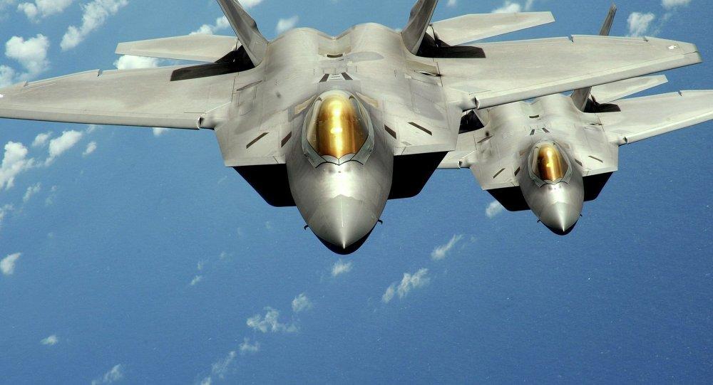 Niszczyciele F-22 Raptor w technologii stealth