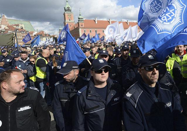 Manifestacja służb mundurowych w Warszawie, 2 pażdziernika 2018