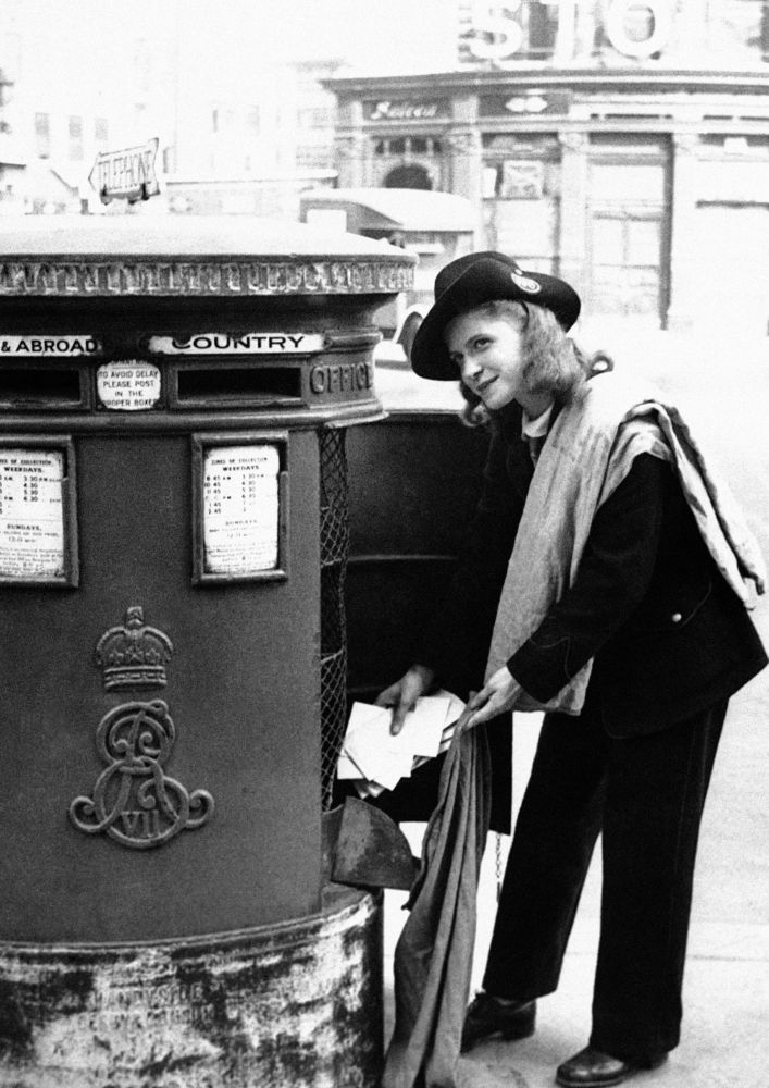 Listonoszka w Londynie, 1942 rok