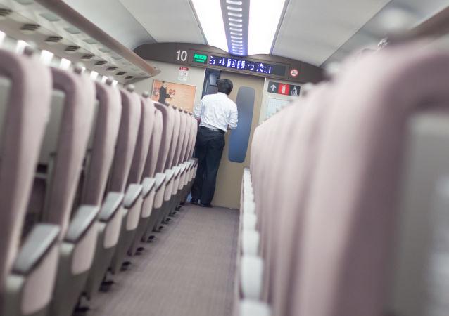 Pociąg pośpieszny w Japonii