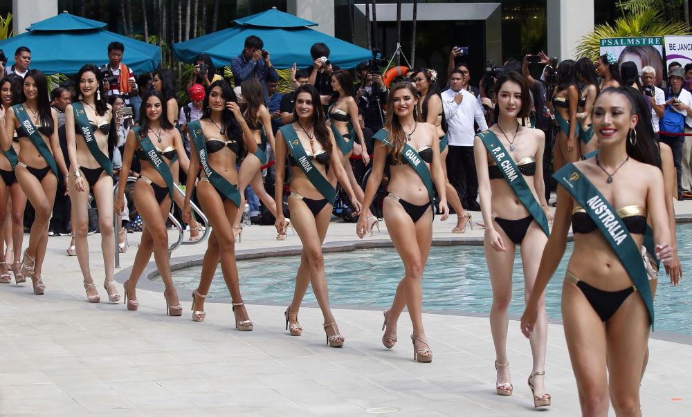 Uczestniczki konkursu Miss Earth 2018 w trakcie sesji zdjęciowej w Manili