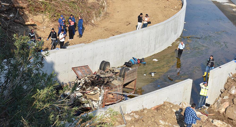 Wypadek ciężarówki z migrantami w Turcji