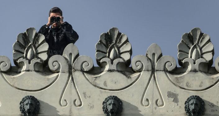 Funkcjonariusz szwajcarskiej policji w Lozannie