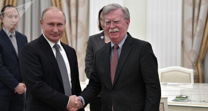 Spotkanie prezydenta Rosji Władimira Putina z doradcą prezydenta USA ds. bezpieczeństwa narodowego Johnem Boltonem na Kremlu.