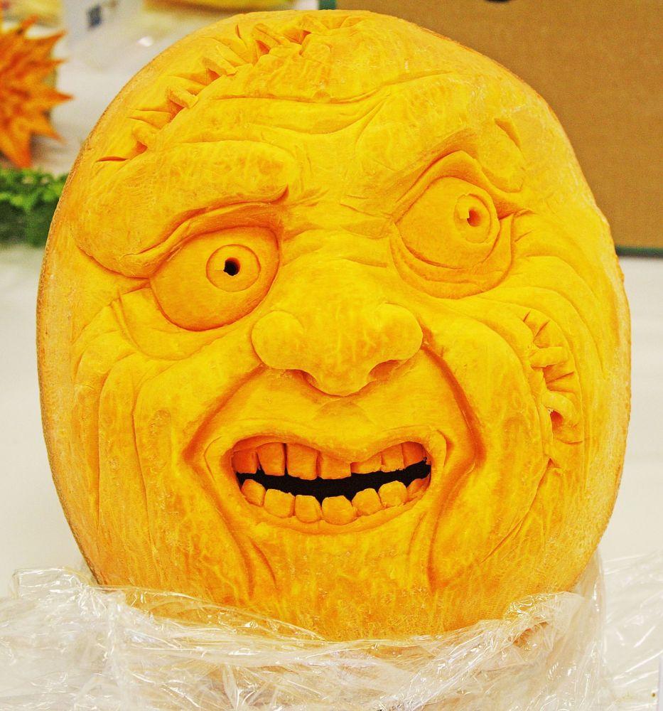 Wizerunek twarzy wykonany z dyni