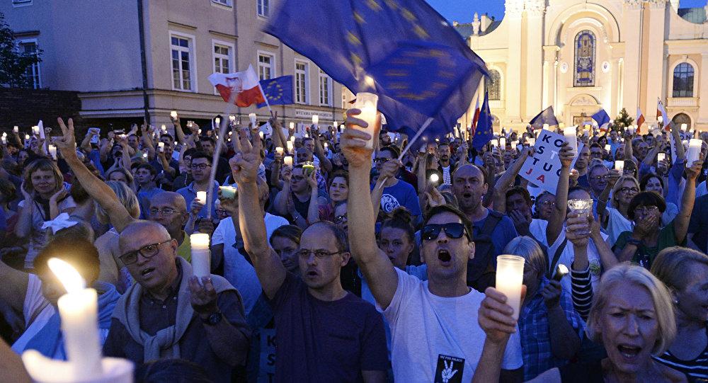 Antyrządowe protesty w Polsce, 22 lipca 2017