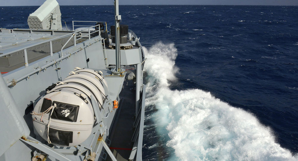 Okręt NATO podczas ćwiczeń wojskowych