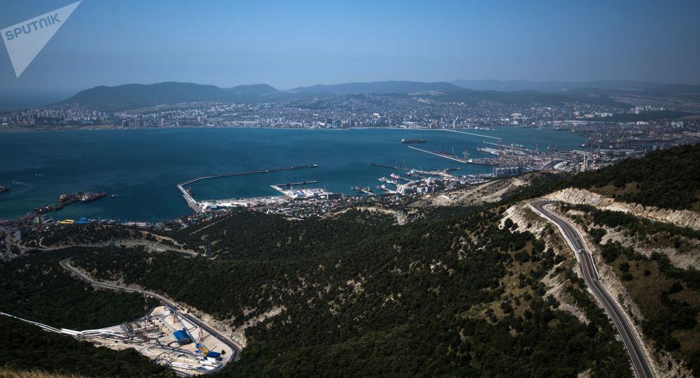Noworosyjski targowy port morski nad Morzem Czarnym