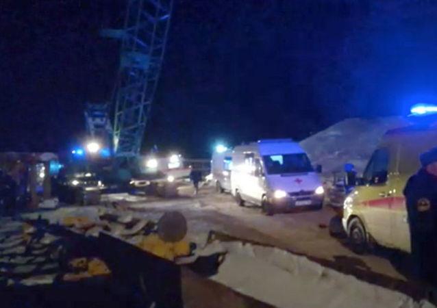 W rosyjskiej Jurdze zawalił się most