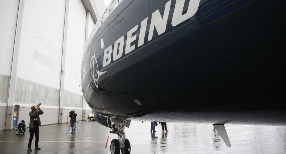 Pierwszy samolot Boeing 737 MAX 9 w fabryce Boeinga w Renton w USA
